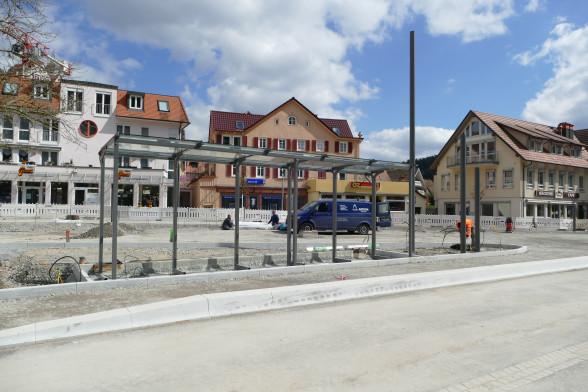 Neue Bushaltestelle auf dem Marktplatz